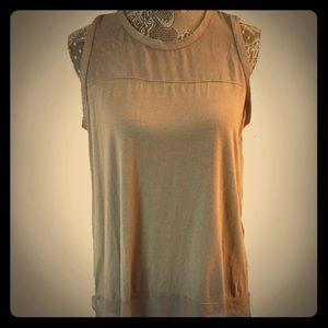 Vince Camuto sleeveless blouse Medium slate grey